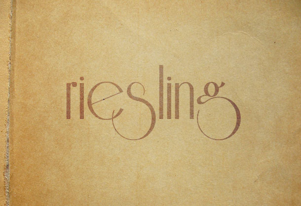 riesling-typo-font
